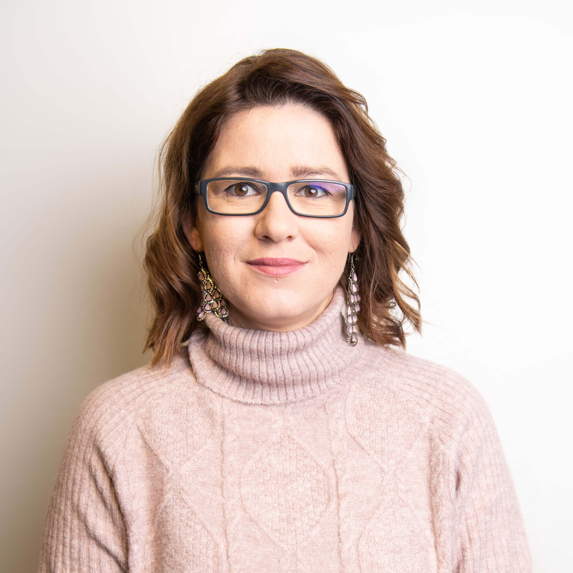 https://www.haar-werk.ch/wp-content/uploads/2021/01/Christine-Hintermann.jpg